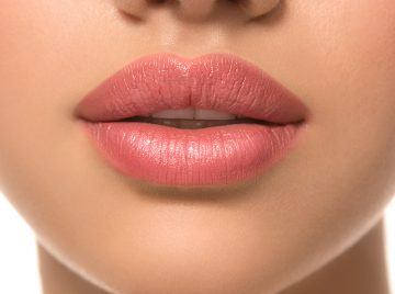 Makeup Tips For Bigger Lips Without Surgery!