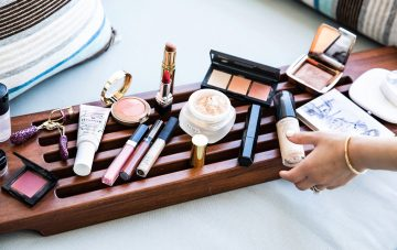 How to Protect Your Makeup During Travel